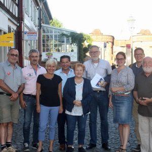 Gregor Hübner, Dr. Udo Stern, Bettina Müller, Corrado di Benedetto, Ulrike Alex, Gerhard Merz, Lisa Gnadl, Manfred Scheid-Varisco und Dieter Egner.