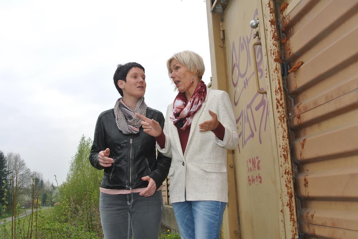 Kerstin Schüler und Bettina Müller in Gelnhausen-Höchst