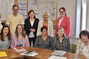 Ortenbergs Kita-Leiterinnen im Gespräch mit Bürgermeisterin Ulrike Pfeiffer-Pantring, Bettina Müller und Lisa Gnadl